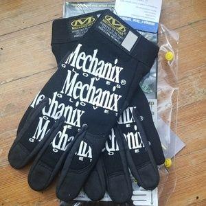 Mechanix gloves size Large